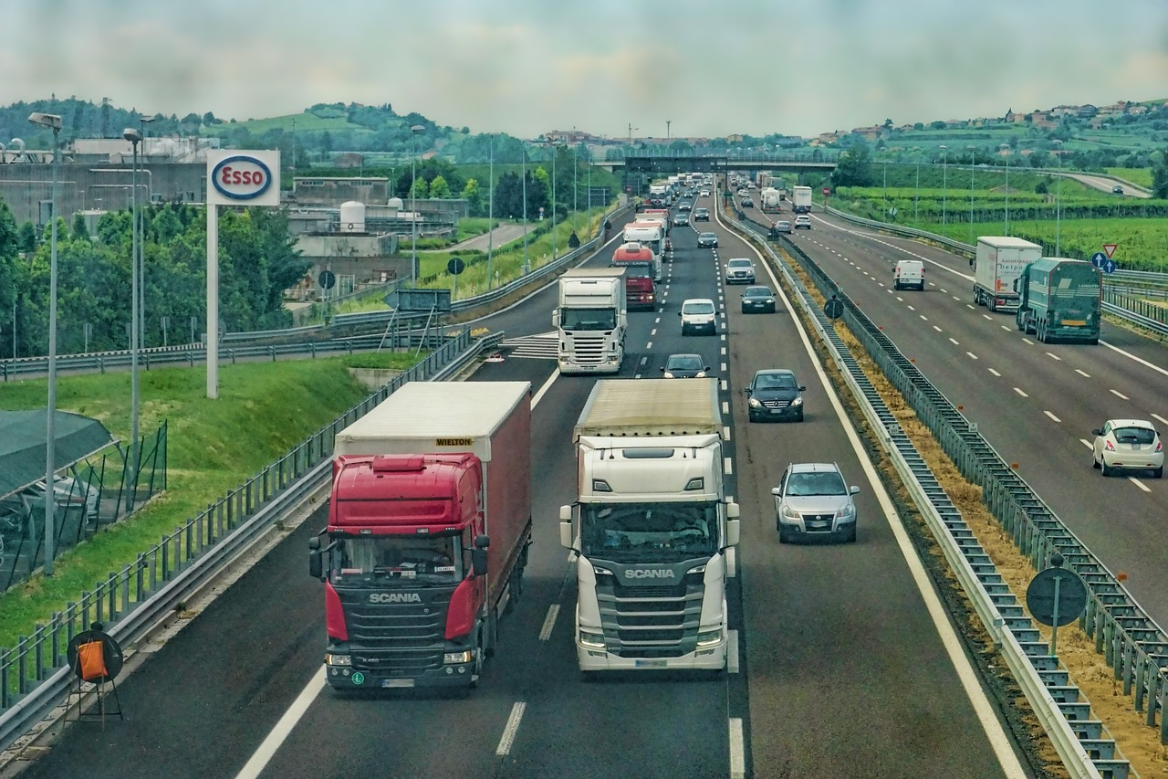 Rwanda re-opens border with Uganda to trucks for 12 days