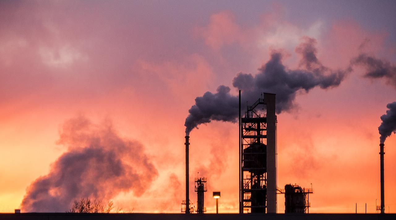 Nigerian Navy destroys 50 illegal refineries in Delta