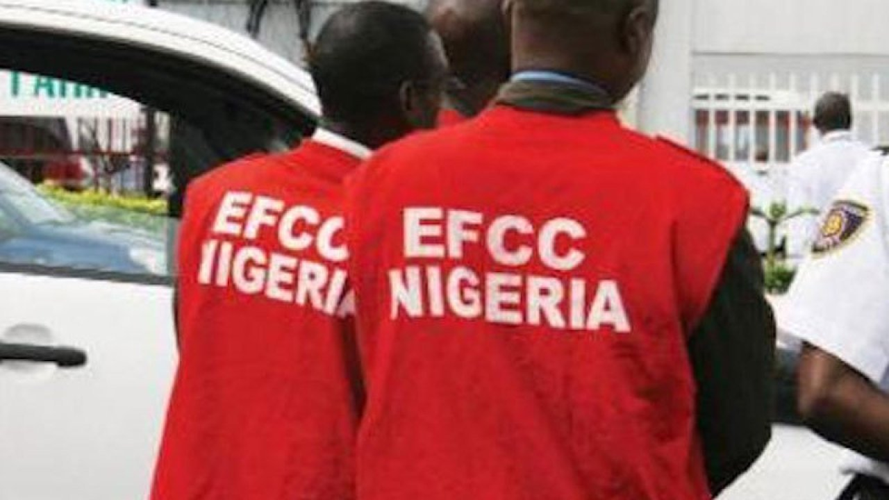 EFCC Releases List Of 18 Fraudsters Busted In Lagos