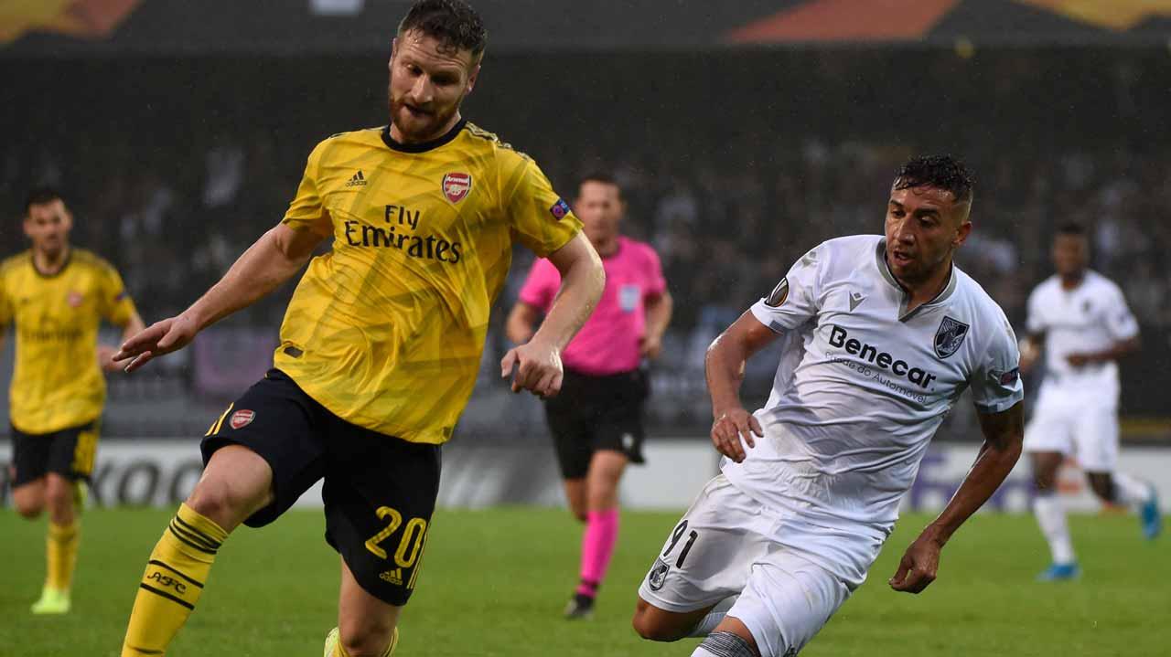 Arsenal Stumble Again At Vitoria Guimaraes