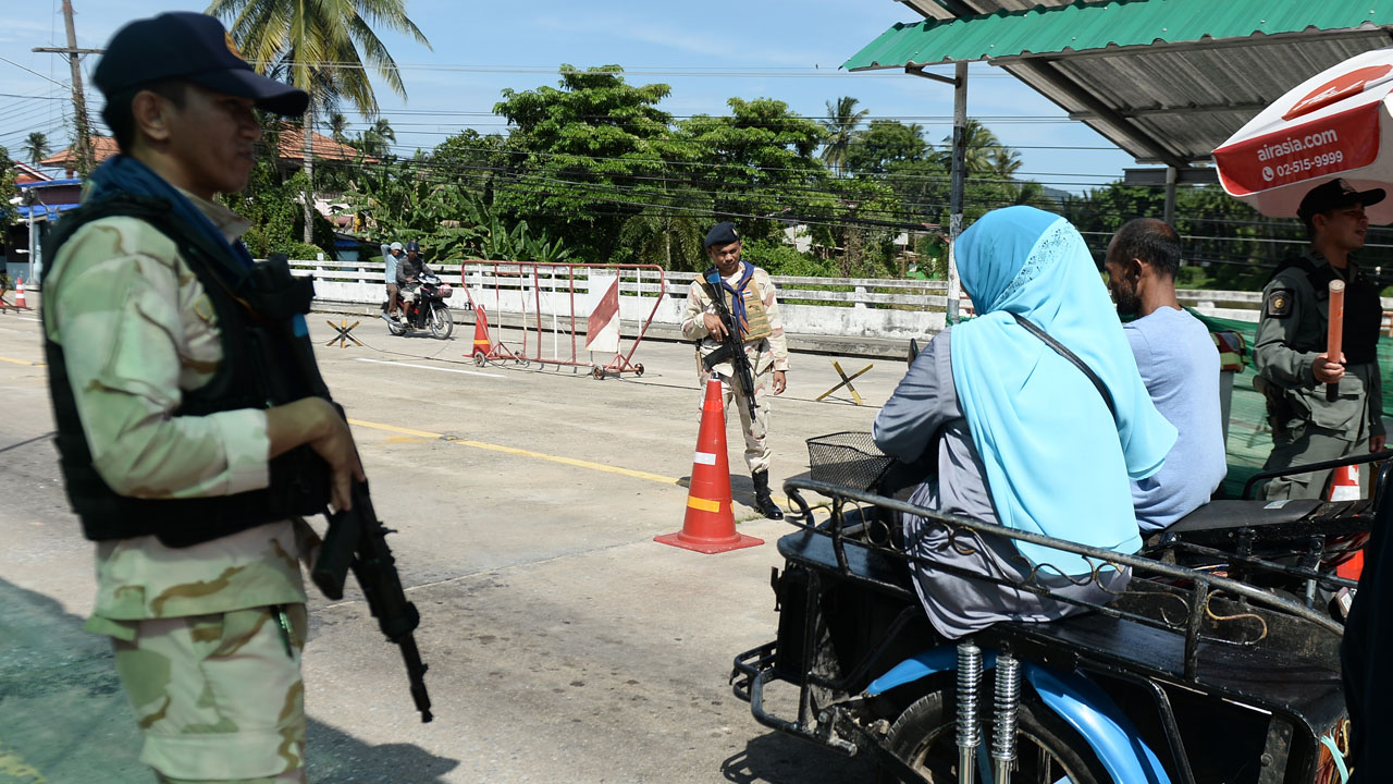 15 Killed In Suspected Rebel Attacks In Thailand's South
