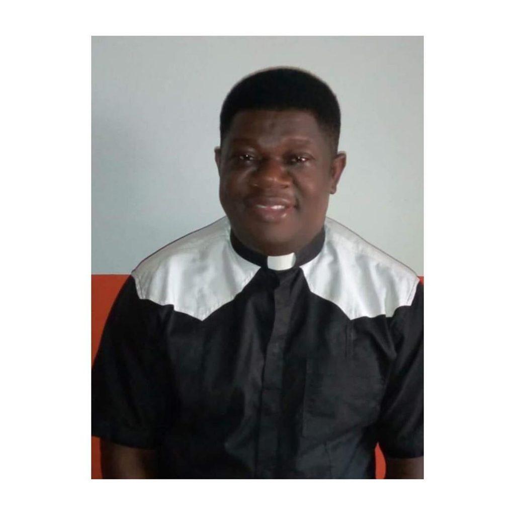 Catholic Priest Slumps, Dies During Mass In Port Harcourt