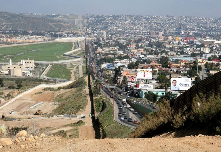 Mexicans Place Ban On Americans Crossing The Border