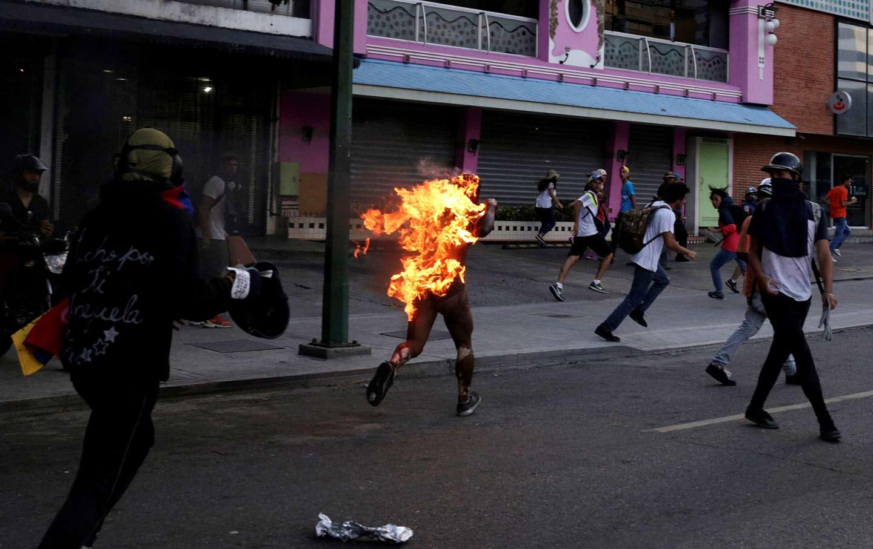 Venezuela Fire - Thousands Of Voting Machines Burned