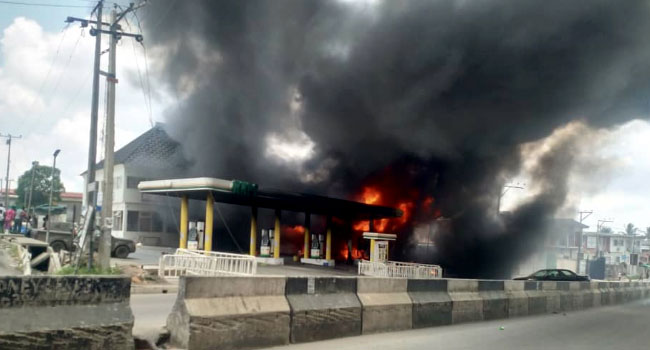 30 Vehicles Burnt In NNPC Filling Station Fire – LASEMA