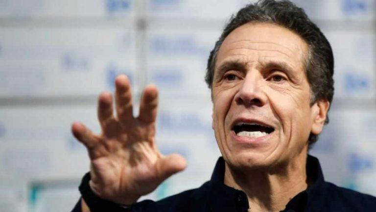America Has No King - New York Governor Cuomo Blasts Trump