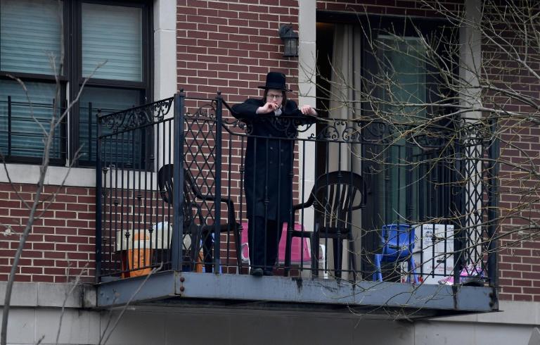 New York Jews Observe Passover Amid Pandemic