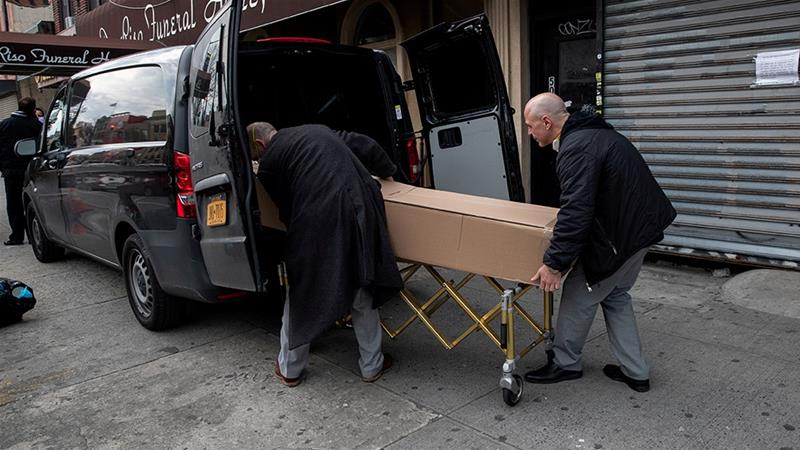 Overwhelmed US Funeral Homes Turn Families Away