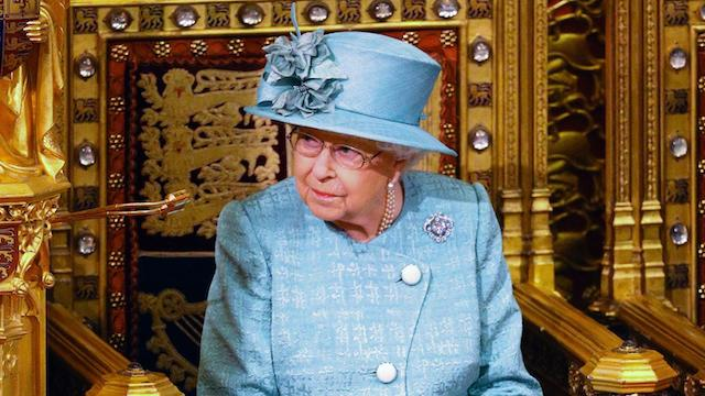 Queen Elizabeth To Broadcast Amid Coronavirus Pandemic