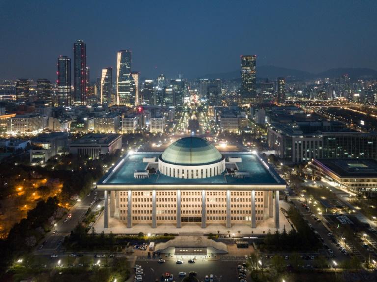 South Korea Ruling Party Wins Big Parliamentary Majority