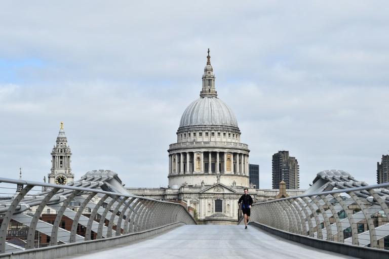 UK Prepares To Extend Virus Lockdown - Peak Hasn't Passed