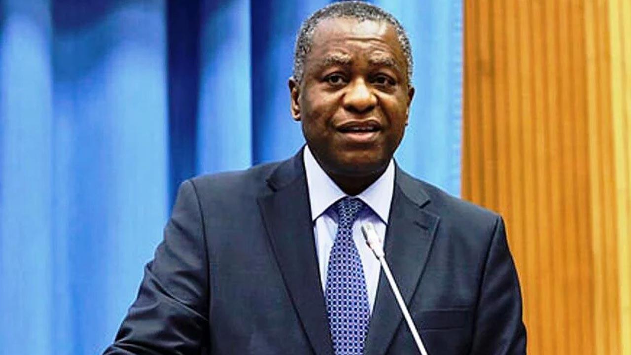 Canada Blocks Nigerian Airline Sent To Evacuate Citizens