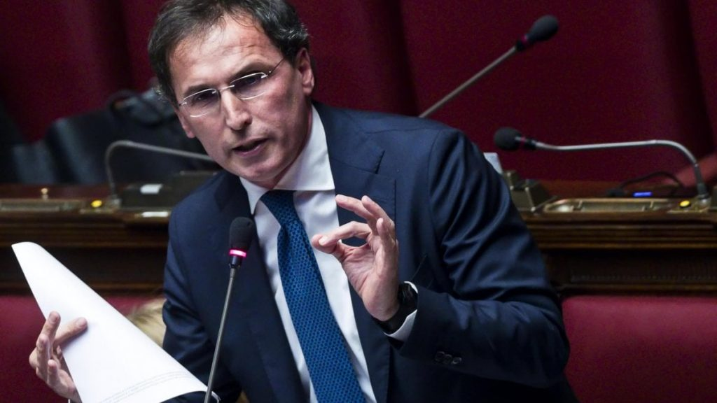 Italian Govt To Recruit 60,000 Volunteers To Enforce Social Distancing Rules