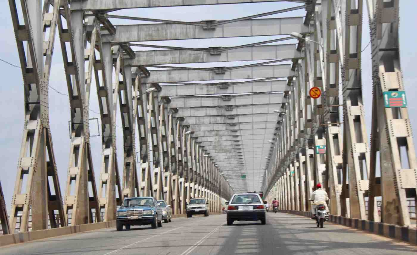Anambra Govt Announces Closure Of Niger Bridge From 7pm Daily