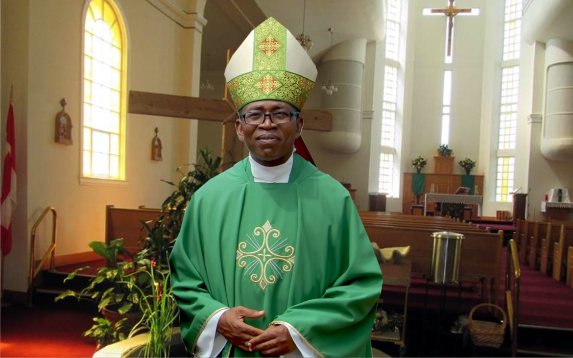 Archbishop Obinna Dancing Excitedly To Igbo Music In USA