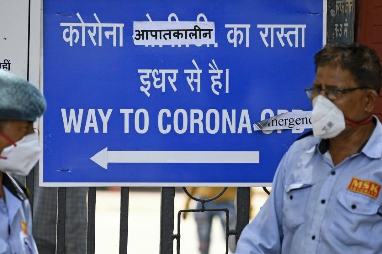 Delhi coronavirus fears mount as hospital beds run out