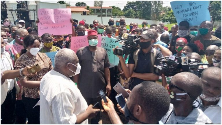 Protesters Take Over Anambra Govt House Over Crisis In State