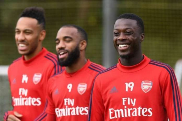Juventus in talks to sign Arsenal striker