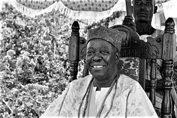 President Buhari Pays Tribute To Late Ooni Of Ife, Oba Adesoji