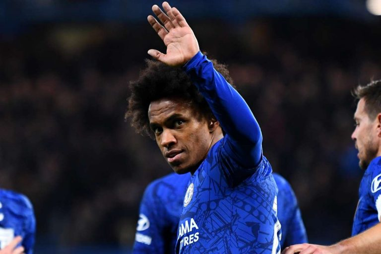 Willian says emotional goodbye to Chelsea fans