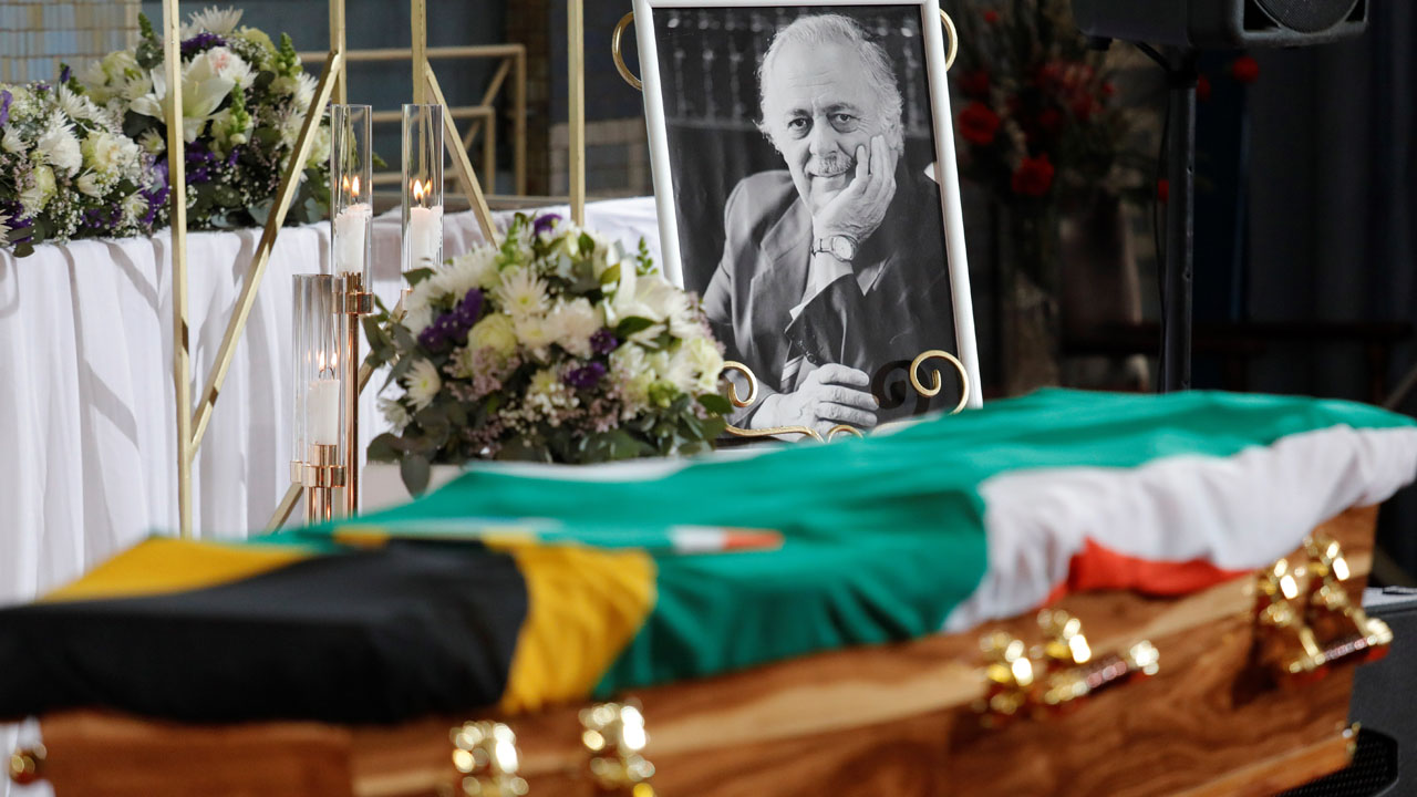 South Africa bids farewell to 'hero' George Bizos, Mandela's lawyer