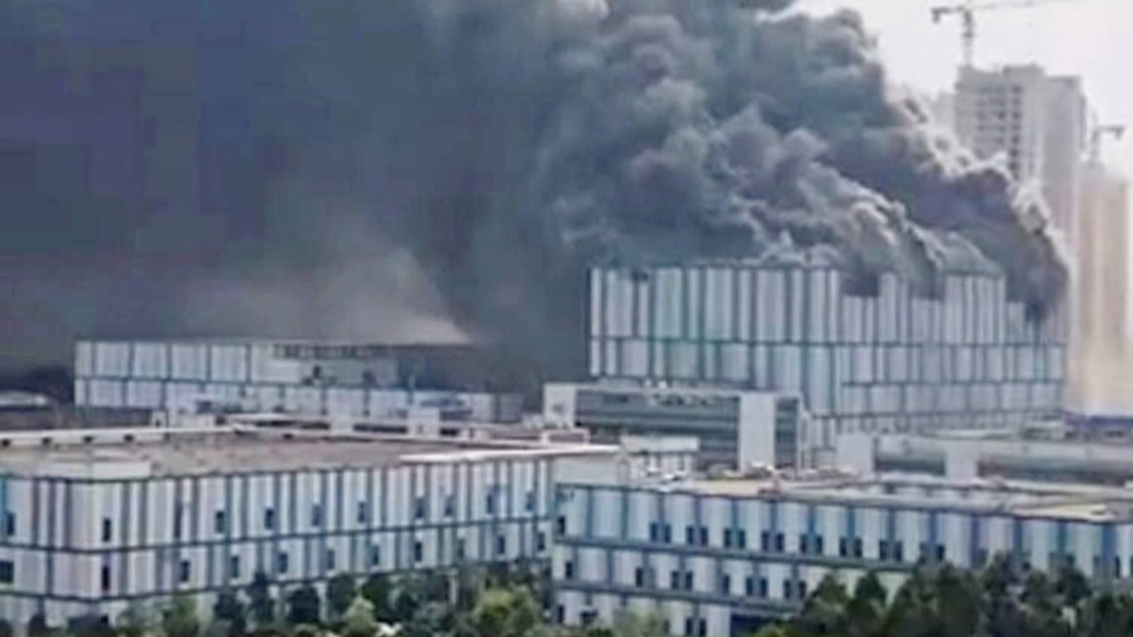 Southern China - Three Dead In Huawei Factory Fire