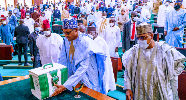 Buhari presents proposed 2021 budget, lists 2020 achievements