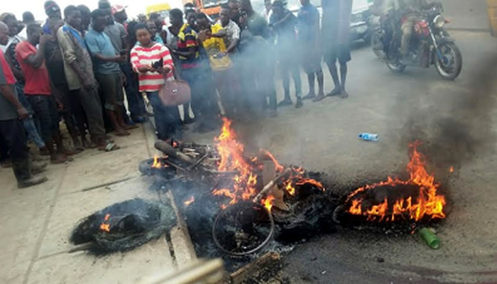 Three suspected kidnappers burnt to death in Cross River