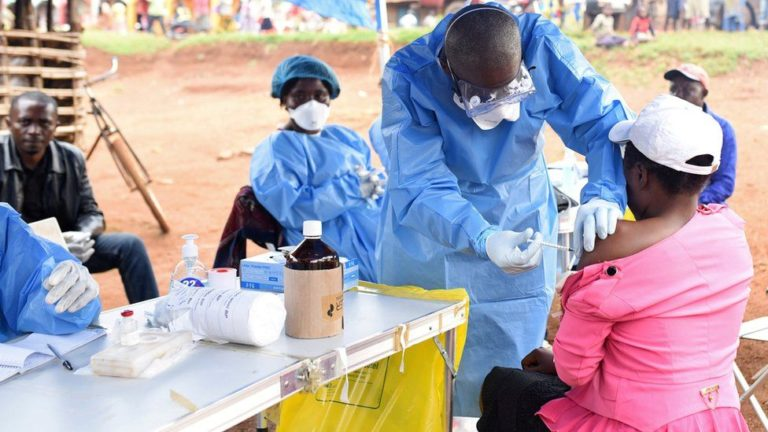DR Congo Begins Ebola Vaccination After New Outbreak