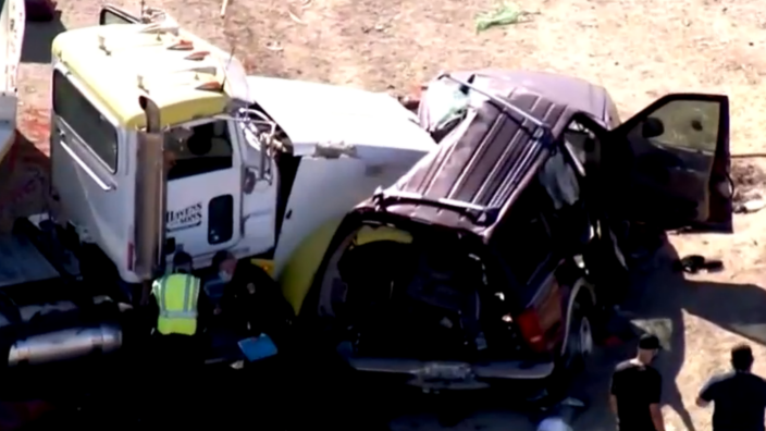 15 Die After SUV, Truck Collusion In California