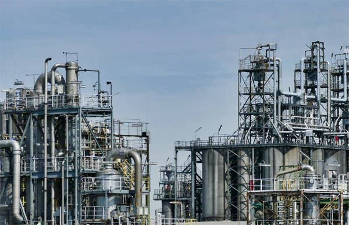 3 Guards Arrested For Alleged Vandalism At Warri Refinery