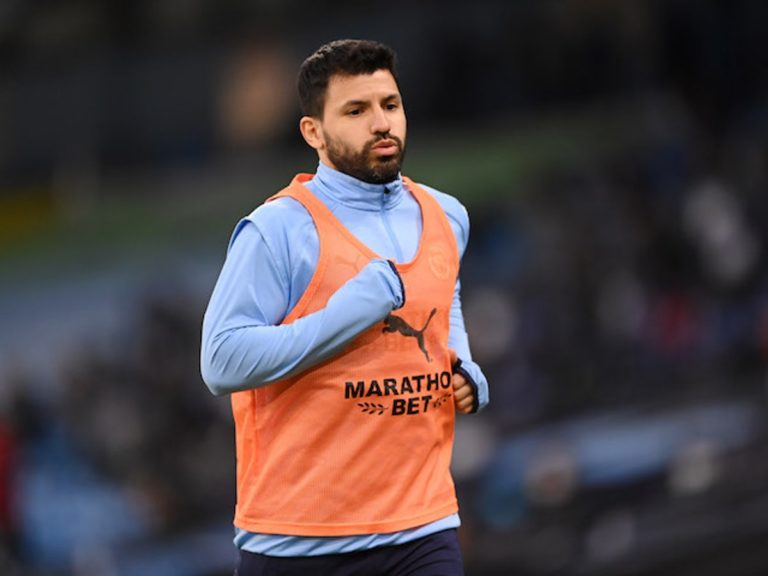 Barcelona Offer Aguero Two-Year Contract