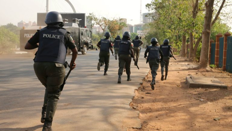 Policeman Goes Crazy, Beats Colleagues' Wives In Abia